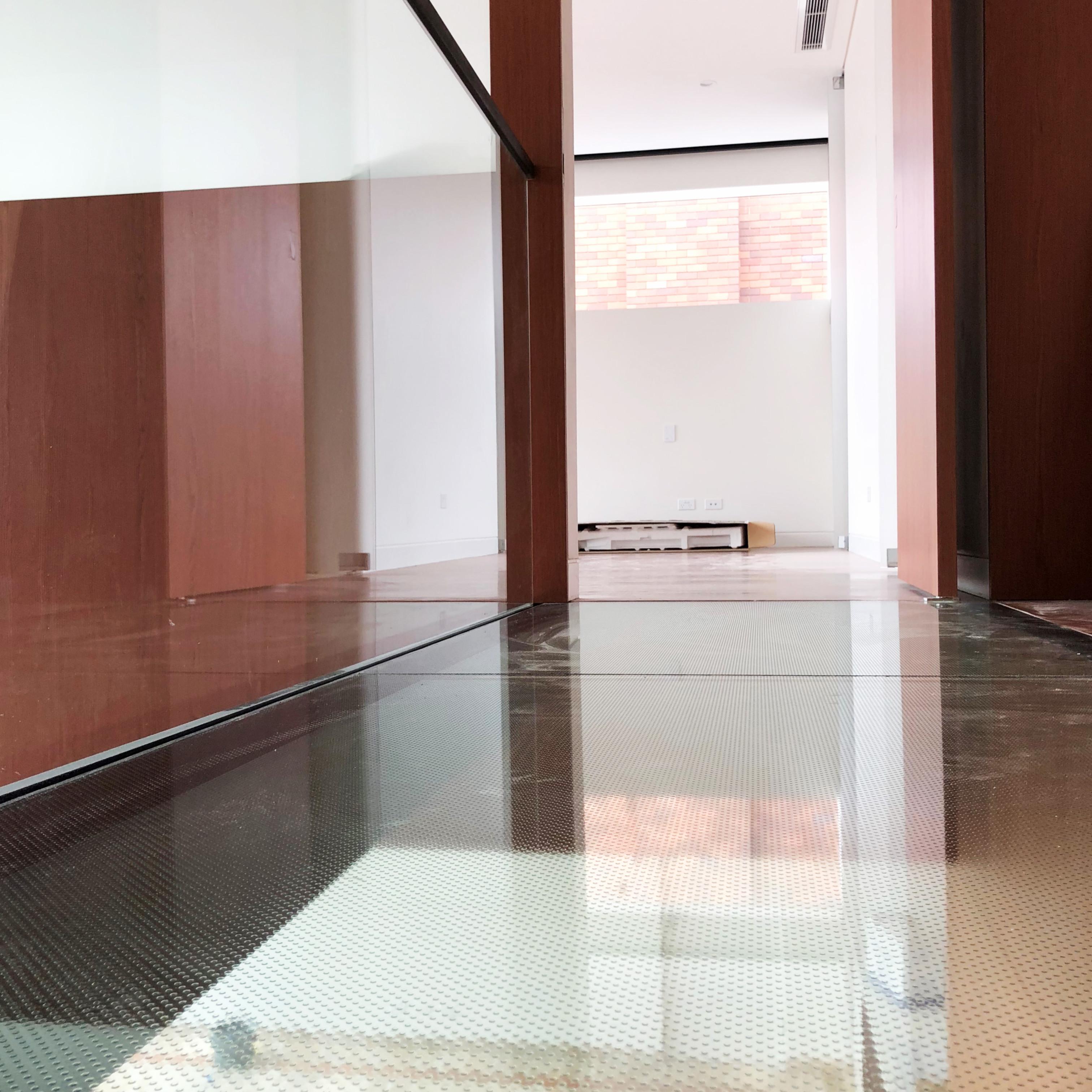 4Custom Glass (Glass bridge) (1)