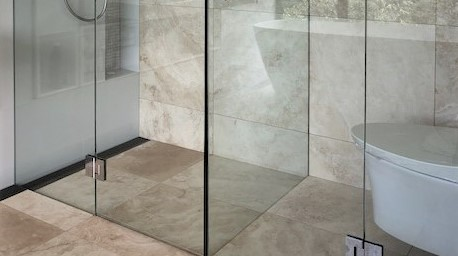WHICH TYPE OF GLASS SHOULD I SELECT FOR MY SHOWER SCREEN?