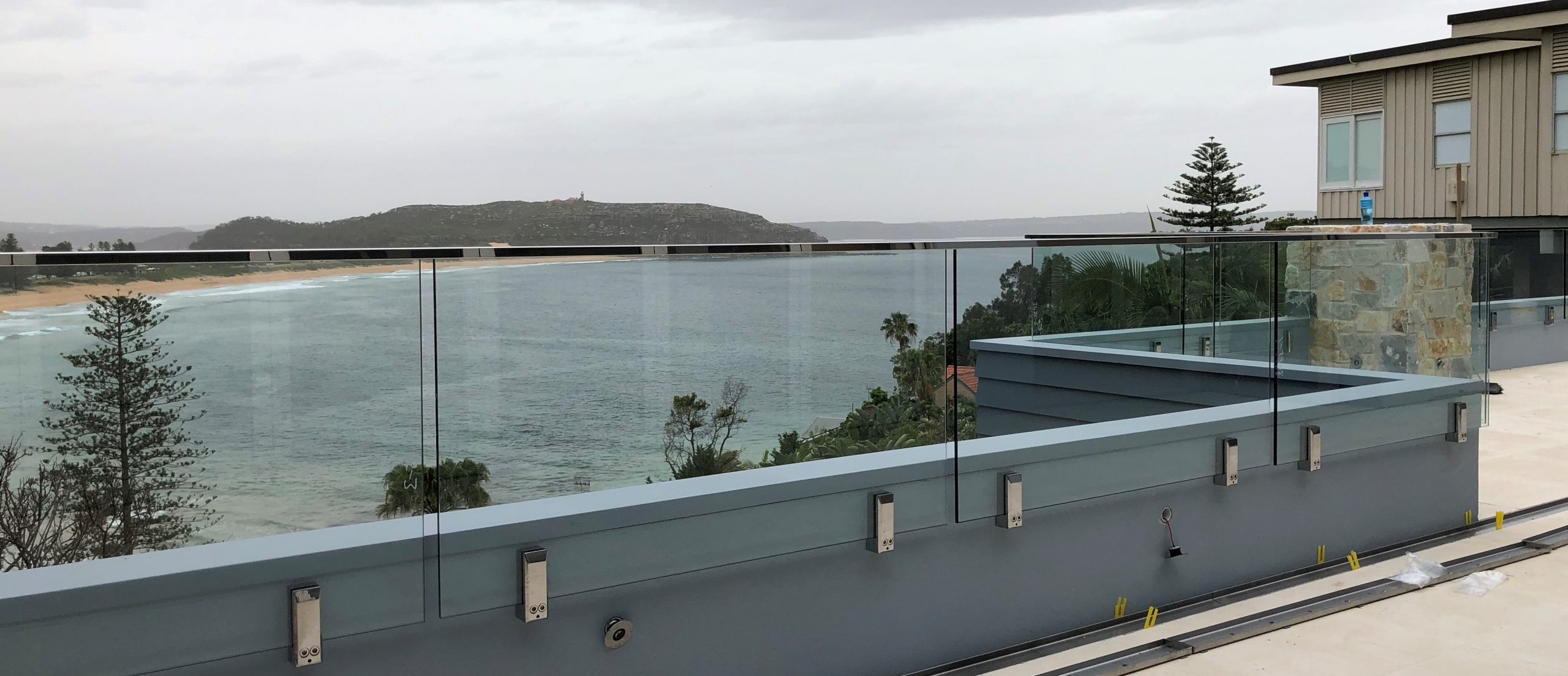 Why Now Is A Great Time Of Year To Order Your Frameless Glass?